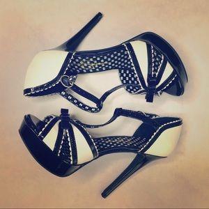 Jessica Simpson Black Britt Heels